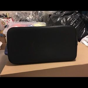 Louis Vuitton Bags - Authentic Louis Vuitton Alma Epi PM handbag